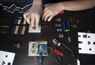 Assemblare e programmare l'elettronica Hi-Storia