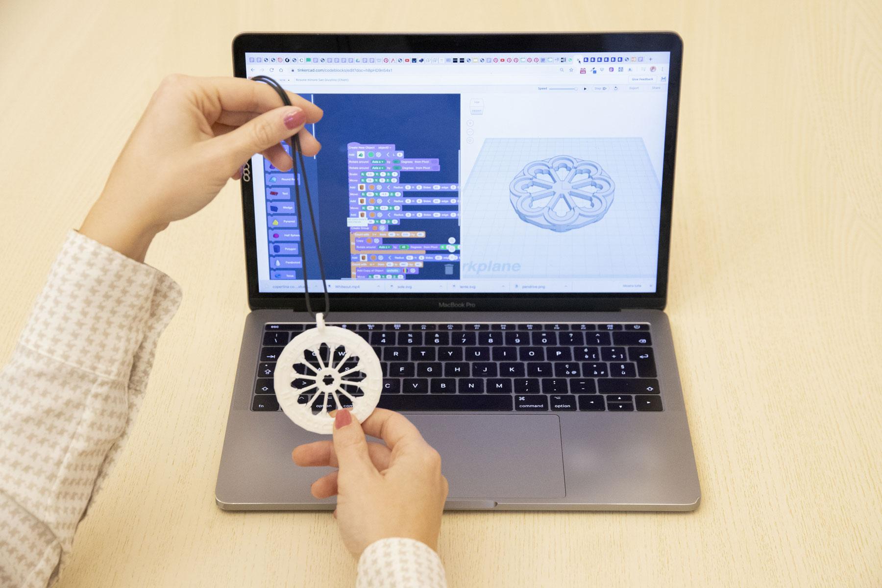 Attività per la settimana del Rosadigitale: realizzare rosoni con coding e 3D